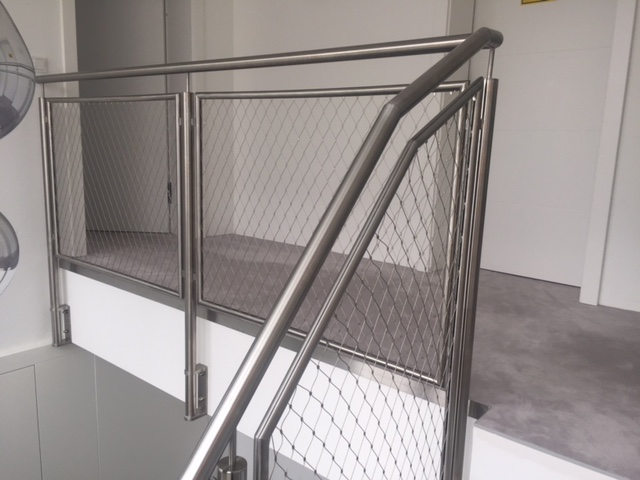 Niro Geländer für Innenbereich Schlosserei Graßmair Rinn
