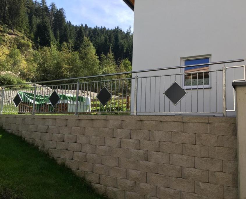 Geländer verzinkt für Außenbereich Schlosserei Graßmair Rinn