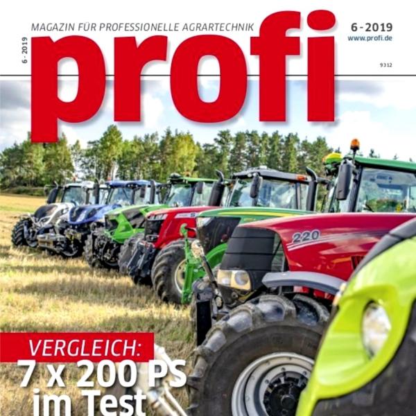 Traktoren auf der Titelseite des Magazines profil abgelichtet